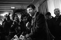 Napoli, Italia - 22 gennaio 2013: Nicola Cosentino, il leader campano del Pdl escluso dalle liste elettorali e a rischio carcere per concorso esterno in associazione mafiosa, convoca una conferenza stampa all'Hotel Excelsior a Napoli, il 22 gennaio 2013.<br /> <br /> ###<br /> <br /> Napoli, gennaio 2013. Nicola Cosentino, il leader campano del Pdl escluso dalle liste elettorali, convoca una conferenza stampa all'Hotel Excelsior.