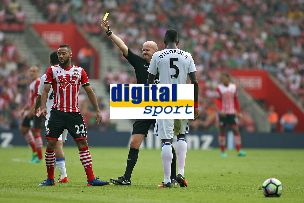 Football - 2016 / 2017 Premier League - Southampton vs. Sunderland<br /> <br /> Southampton's Nathan Redmond protests to Referee Mr Lee Mason over a decision and earns himself a yellow card at St Mary's Stadium Southampton <br /> <br /> Colorsport/Shaun Boggust