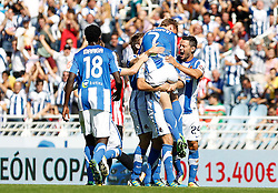 02.10.2011, Stadion Anoeta, San Sebastian Donostia, ESP, Primera Division, Real Sociedad vs Athletic Bilbao, im Bild Real Sociedad's players celebrates goal // during Primera Division football match between Real Sociedad and Athletic Bilbao at Anoeta stadium in San Sebastian Donostia, Spain on 2/10/2011. EXPA Pictures © 2011, PhotoCredit: EXPA/ Alterphoto/ Acero +++++ ATTENTION - OUT OF SPAIN/(ESP) +++++