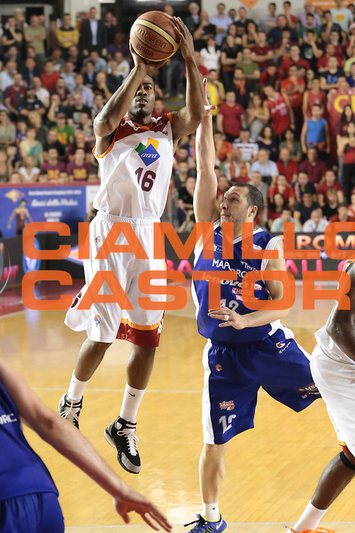 DESCRIZIONE : Roma Lega A 2012-2013 Acea Roma Lenovo Cantu playoff semifinale gara 7<br /> GIOCATORE : Bailey Bryan<br /> CATEGORIA : tiro<br /> SQUADRA : Acea Roma<br /> EVENTO : Campionato Lega A 2012-2013 playoff semifinale gara 7<br /> GARA : Acea Roma Lenovo Cantu<br /> DATA : 06/06/2013<br /> SPORT : Pallacanestro <br /> AUTORE : Agenzia Ciamillo-Castoria/M.Simoni<br /> Galleria : Lega Basket A 2012-2013  <br /> Fotonotizia : Roma Lega A 2012-2013 Acea Roma Lenovo Cantu playoff semifinale gara 7<br /> Predefinita :