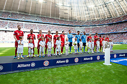 11.07.2015, Allianz Arena, M&uuml;nchen, GER, 1. FBL, FC Bayern Muenchen, Teampr&auml;sentation, im Bild Ein Teil der Bayern Mannschaft bei der Allianz FC Bayern Team Presentation in der Allianz-Arena Muenchen, 11.07.2015, Foto: Stuetzle/ Eibner-Pressefoto // during the Teampresentation at the Allianz Arena in M&uuml;nchen, Germany on 2015/07/11. EXPA Pictures &copy; 2015, PhotoCredit: EXPA/ Eibner-Pressefoto/ Stuetzle<br /> <br /> *****ATTENTION - OUT of GER*****