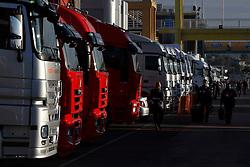 Motorsports / Formula 1: World Championship 2011, Test Valencia, Fahrerlager, paddock, LKW, truck, trucks
