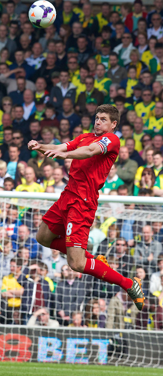 NORWICH, ENGLAND - Sunday, April 20, 2014: Liverpool's captain Steven Gerrard in action against Norwich City during the Premiership match at Carrow Road. (Pic by David Rawcliffe/Propaganda)