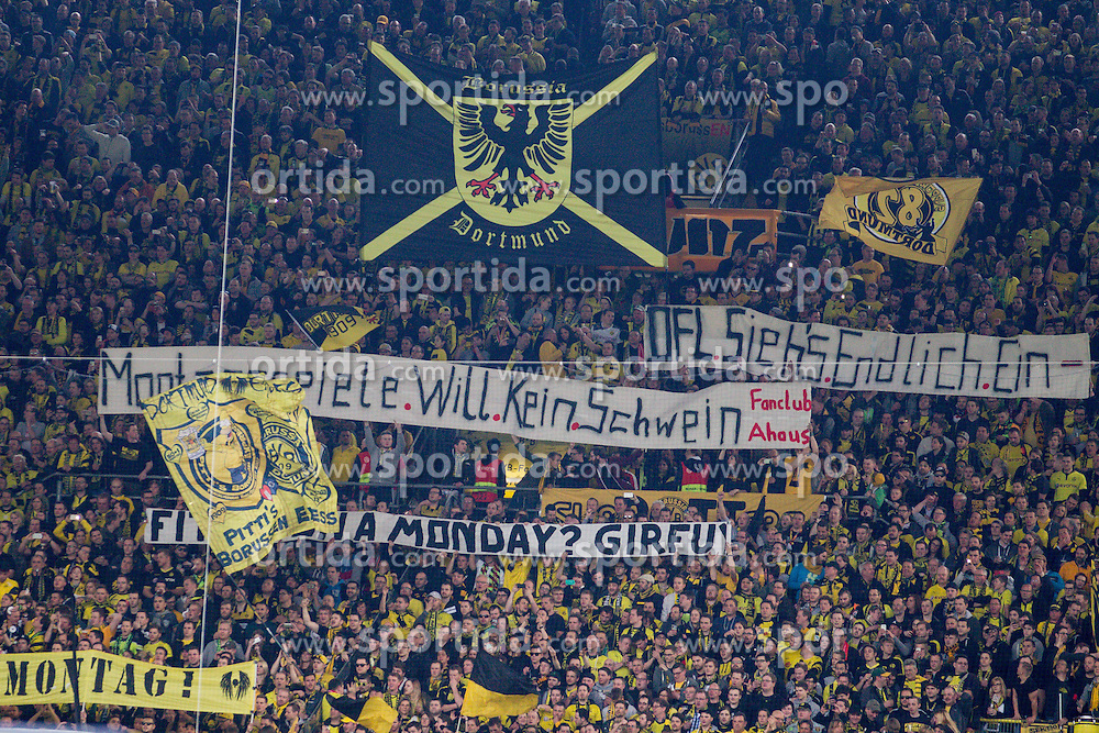 02.04.2016, Signal Iduna Park, Dortmund, GER, 1. FBL, Borussia Dortmund vs SV Werder Bremen, 28. Runde, im Bild BVB Fans mit Bannern gegen Montagsspiele // during the German Bundesliga 28th round match between Borussia Dortmund and SV Werder Bremen at the Signal Iduna Park in Dortmund, Germany on 2016/04/02. EXPA Pictures &copy; 2016, PhotoCredit: EXPA/ Eibner-Pressefoto/ Sch&uuml;ler<br /> <br /> *****ATTENTION - OUT of GER*****