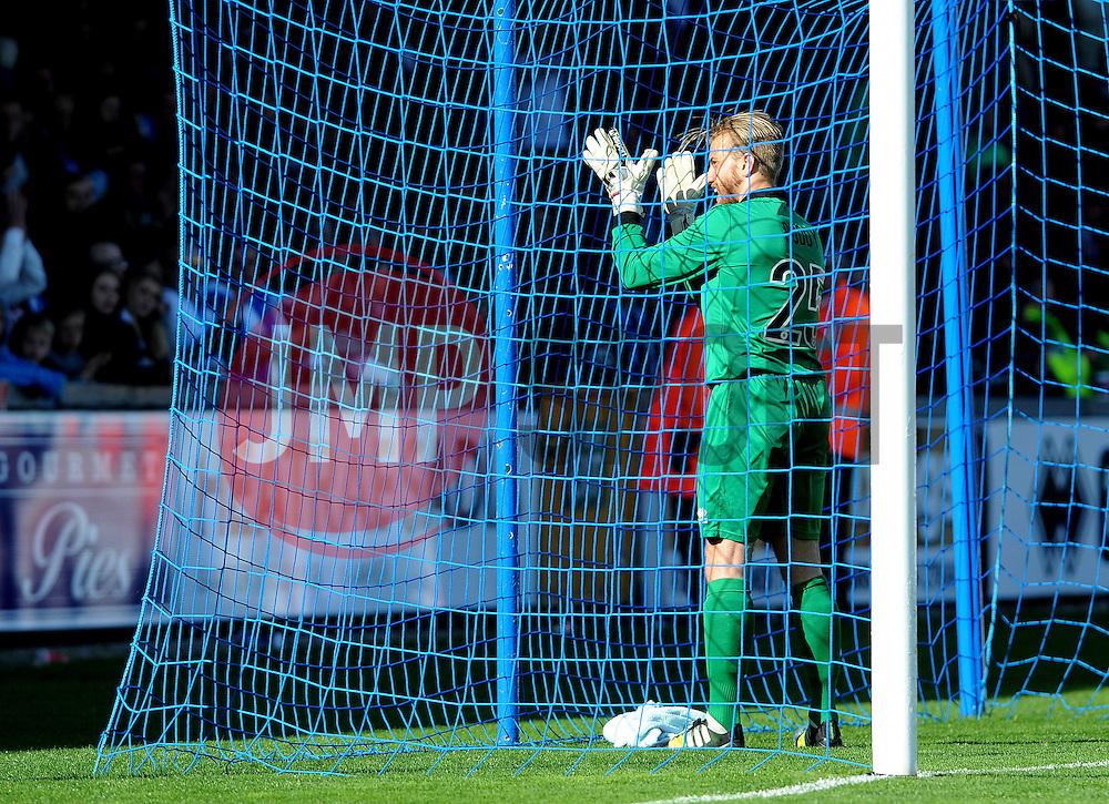 Bristol Rovers' Will Puddy applauds the fans - Photo mandatory by-line: Neil Brookman/JMP - Mobile: 07966 386802 - 11/04/2015 - SPORT - Football - Bristol - Memorial Stadium - Bristol Rovers v Southport - Vanarama Football Conference