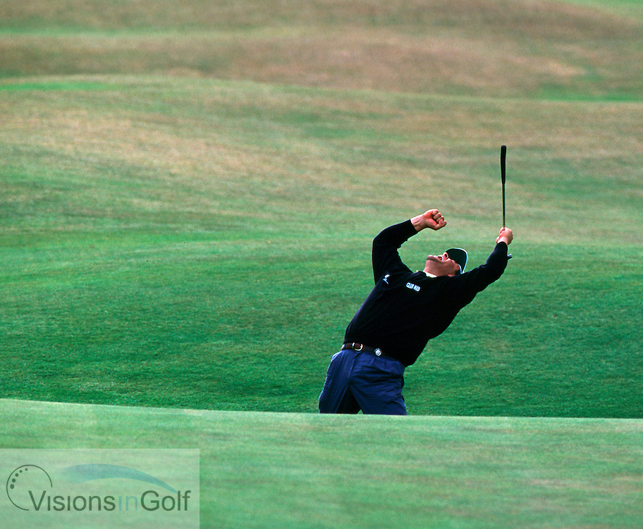 950720/ST. ANDREWS, SCOTLAND/PHOTO MARK NEWCOMBE/THE OPEN CHAMPIONSHIP<br /> <br /> COSTANTINO ROCCA AFTER SINKS A PUTT ON 18TH FINAL ROUND<br /> OPEN 1995  AT ST. ANDREWS,<br /> SCOTLAND. JULY 1995