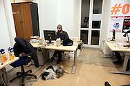 Roma 30 Dicembre 2011.Ultimo giorno del quotidiano comunista  Liberazione che  sospenderà «in via cautelativa» le pubblicazioni dal primo gennaio dopo i tagli al finanziamento pubblico ai giornali cooperativi. I  giornalisti e poligrafici hanno occupato la redazione dopo la rottura  del tavolo sindacale del 27 dicembre con l'editore..Rome, December 30, 2011.Last Day of the communist newspaper Liberazione that will suspend the  publications from January 1 after the cuts to public funding for cooperative newspapers. Journalists and polygraphic have occupied the newspaper office  against the closure....