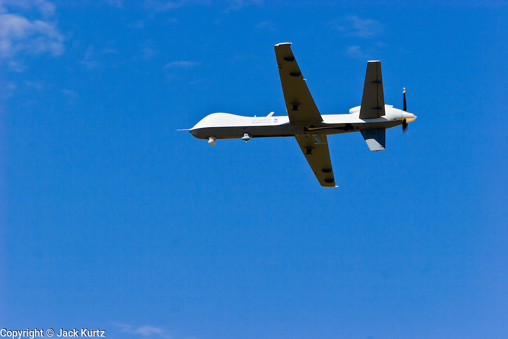 29 SEPTEMBER 2005 - SIERRA VISTA, AZ: A Predator drone in flight over southern Arizona. The Predator is an Unmanned Aerial Vehicle used by the Border Patrol for surveillance along the Arizona stretch of the US/Mexico border. The aircraft are flown along the US Mexico border by US Border Patrol agents based in Texas and Arizona.  The U.S. Customs and Border Protection (CBP) agency flies thePredator drones at an altitude of 15,000 feet for policing immigration, drug smugglers and terrorists along the U.S.-Mexico border.    PHOTO BY JACK KURTZ