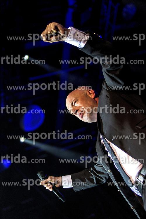 17.04.2015, Ruhrcongresscenter, Bochum, GER, Unheilig, Gipfelst&uuml;rmer Tournee 2015, im Bild Der Graf (Saenger) mit Mikrofon // performs live on stage during the 2015 tour &quot;Gipfelsturmer&quot; at Ruhrcongresscenter in Bochum, Germany on 2015/04/17. EXPA Pictures &copy; 2015, PhotoCredit: EXPA/ Eibner-Pressefoto/ Hommes<br /> <br /> *****ATTENTION - OUT of GER*****