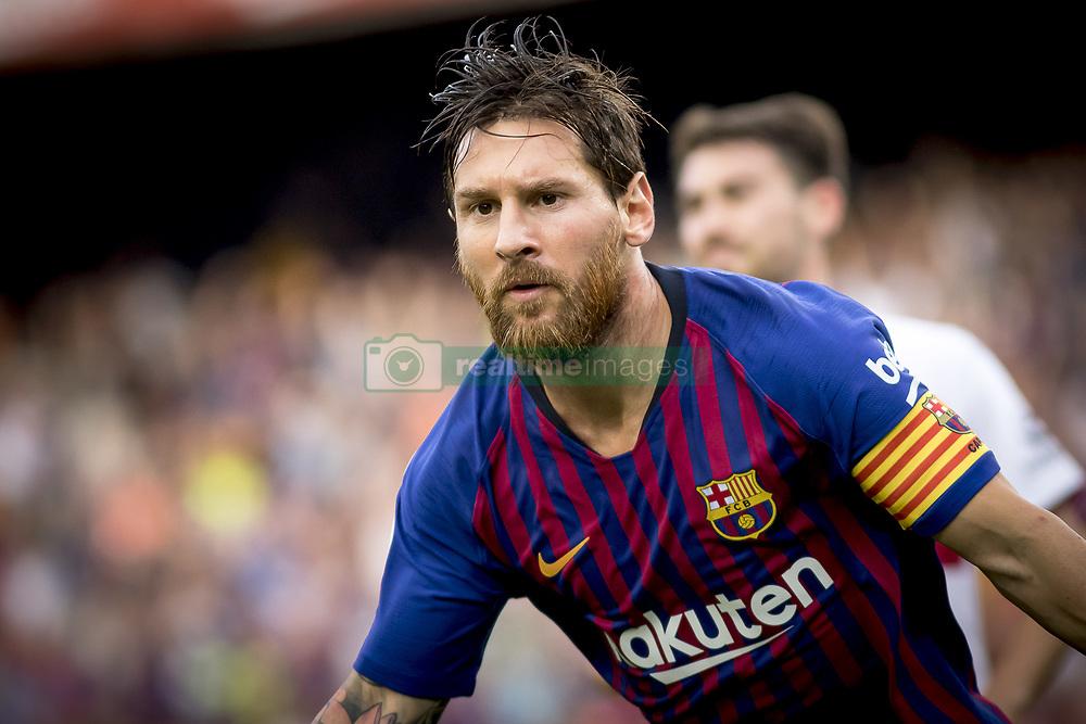صور مباراة : برشلونة - هويسكا 8-2 ( 02-09-2018 )  20180902-zaa-n230-450