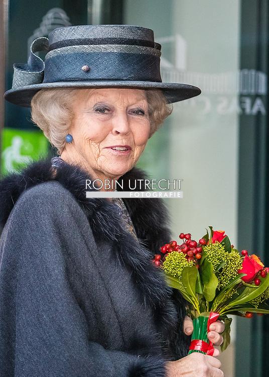 18-11-2016 SCHEVENINGEN - Princess Beatrix of the Netherlands is present at the jubilee meeting of the Arthritis Foundation on the occasion of their 90th anniversary on Friday November 18th. The anniversary event will be held at the Circus Theatre in Scheveningen. Princess since 1980 patron of the Reumafonds.COPYRIGHT ROBIN UTRECHT <br /> 18-11-2016  SCHEVENINGEN - Prinses Beatrix der Nederlanden is aanwezig bij de jubileumbijeenkomst van het Reumafonds ter gelegenheid van hun 90-jarig bestaan op vrijdagmiddag 18 november. De jubileumbijeenkomst wordt gehouden in het Circustheater in Scheveningen. De Prinses is sinds 1980 beschermvrouwe van het Reumafonds.COPYRIGHT ROBIN UTRECHT