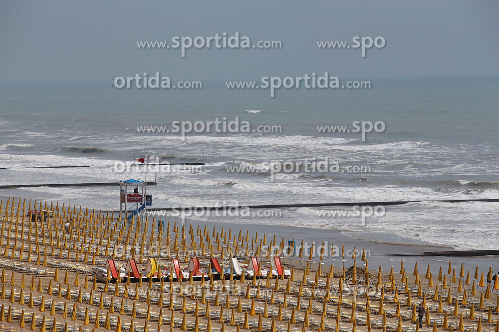 THEMENBILD - Der Strand von Jesolo am 12. Mai 2017.// The beach on 12 May 2017 in Jesolo. EXPA Pictures © 2017, PhotoCredit: EXPA/ Erwin Scheriau