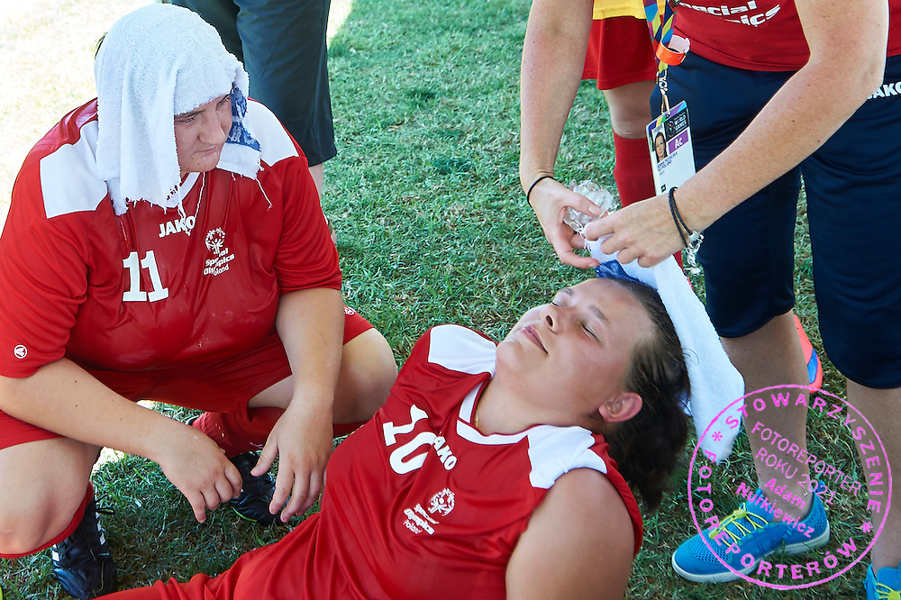 SO Poland athletes rest while halftime of football women match 7-a-side during fourth day of the Special Olympics World Games Los Angeles 2015 on July 28, 2015 at Balboa Sports Centre in Los Angeles, USA.<br /> USA, Los Angeles, July 28, 2015<br /> <br /> Picture also available in RAW (NEF) or TIFF format on special request.<br /> <br /> For editorial use only. Any commercial or promotional use requires permission.<br /> <br /> Adam Nurkiewicz declares that he has no rights to the image of people at the photographs of his authorship.<br /> <br /> Mandatory credit:<br /> Photo by &copy; Adam Nurkiewicz / Mediasport