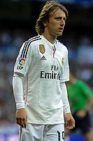 Real Madrid´s Luka Modric during 2014-15 La Liga match between Real Madrid and Malaga at Santiago Bernabeu stadium in Madrid, Spain. April 18, 2015. (ALTERPHOTOS/Luis Fernandez)