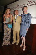 LOUISE DEAN winner of the prize, TIM LOTT and Tilda Swinton LE PRINCE MAURICE PRIZE 2006. PRINCE MAURICE HOTEL. MAURITIUS. 27 May 2006. ONE TIME USE ONLY - DO NOT ARCHIVE  © Copyright Photograph by Dafydd Jones 66 Stockwell Park Rd. London SW9 0DA Tel 020 7733 0108 www.dafjones.com