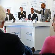 NLD/Den Haag/20100906 - Start Alfabetiseringsweek met installatie forum A tot Z, Frans Bauer, Ed Nijpels, voorzitter Frits van Oostrom en Humberto Tan