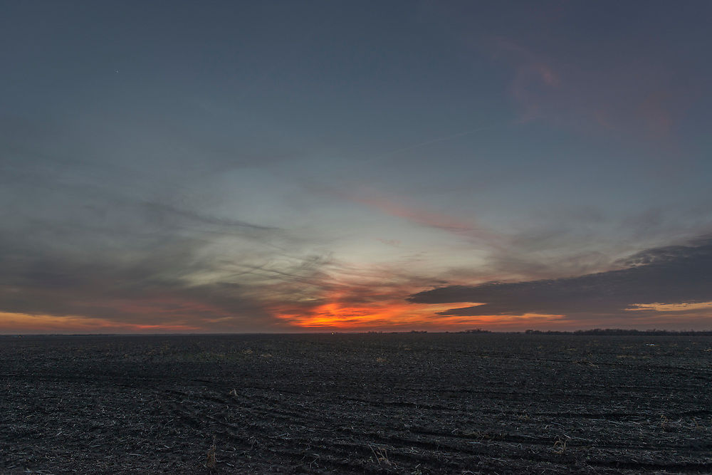 Photograph of the sunset along I-35 on the evening of December 22, 2016