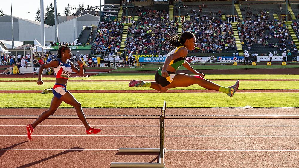 women's 400 meter hurdles,  Genekee Leith, Jamaica