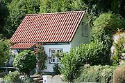 kleines Haus, Blankenese, Hamburg, Deutschland.|. small house, Blankenese, Hamburg, Germany.