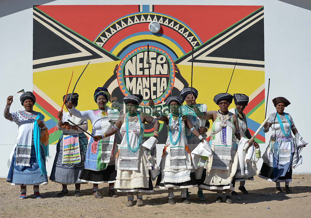 Nov. 21, 2014 - Mthatha, Eastern Cape, South Africa - A group of women from Mandela's homeland of Mthatha wearing  traditional costumes during a dance demostration at Ngcendese School. Mthatha, Eastern Cape, South Africa. (Picture by: Artur Widak/NurPhoto) (Credit Image: © Artur Widak/NurPhoto/ZUMA Wire)