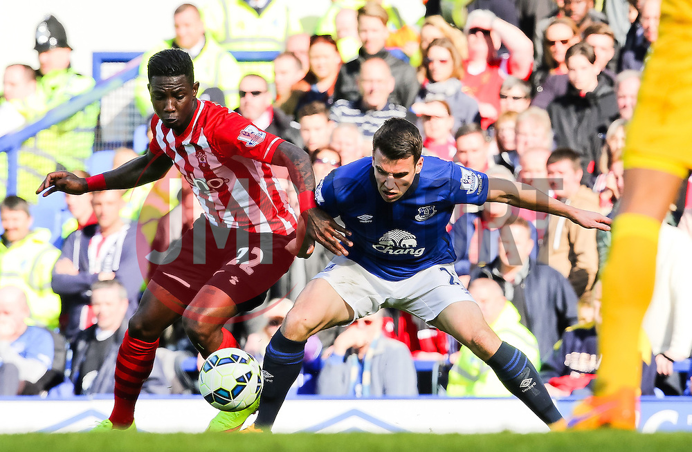 Southampton's Eljero Elia challenges Everton's Seamus Coleman  - Photo mandatory by-line: Matt McNulty/JMP - Mobile: 07966 386802 - 04/04/2015 - SPORT - Football - Liverpool - Goodison Park - Everton v Southampton - Barclays Premier League