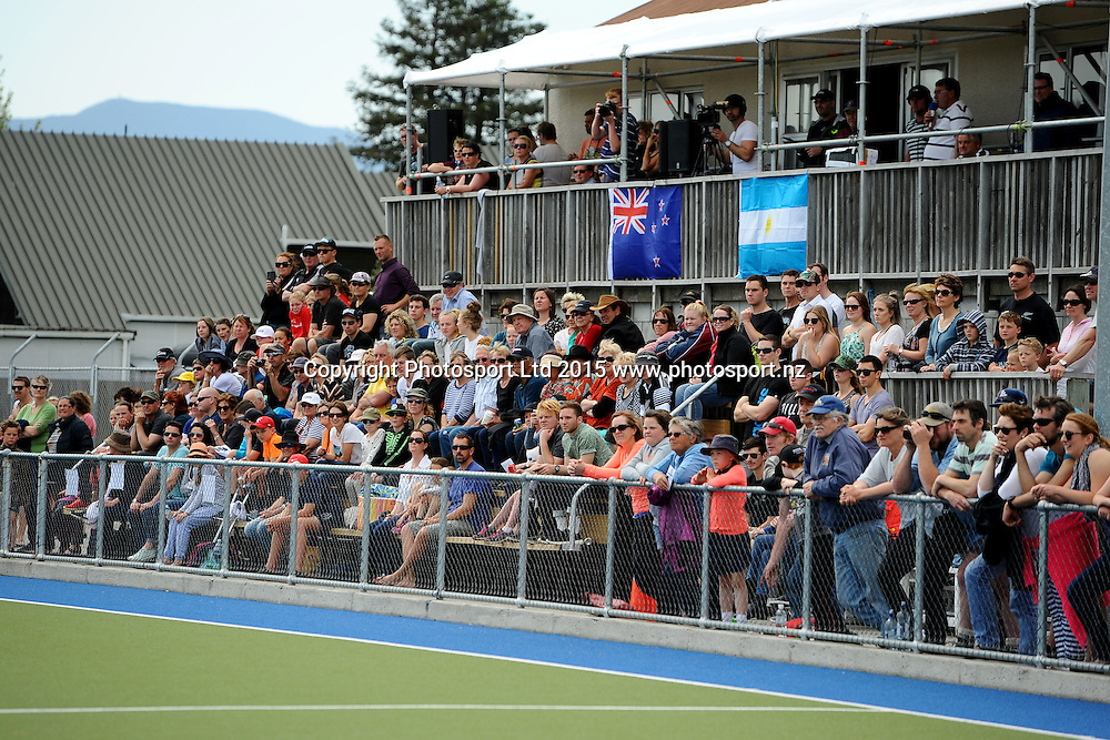 Fans during the 2015 South Island Tour game between the New Zealand Black Sticks Women v Argentina. College Park, Blenheim, New Zealand. Sunday 4 October 2015. Copyright Photo: Chris Symes / www.photosport.nz