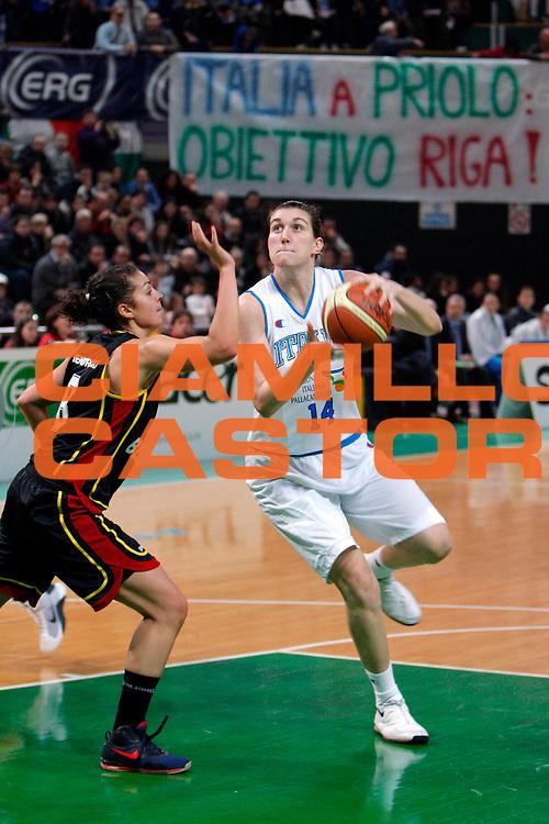 DESCRIZIONE : Priolo Additional Qualification Round Eurobasket Women 2009 Italia Belgio<br /> GIOCATORE : Eva Giauro<br /> SQUADRA : Nazionale Italia Donne<br /> EVENTO : Qualificazioni Eurobasket Donne 2009<br /> GARA :  Italia Belgio<br /> DATA : 16/01/2009<br /> CATEGORIA : Tiro Penetrazione<br /> SPORT : Pallacanestro<br /> AUTORE : Agenzia Ciamillo-Castoria/G.Pappalardo