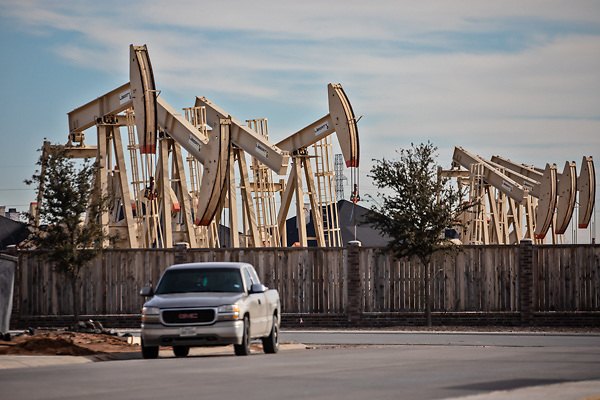 Neighborhood in Midland, Texas, next to an oil and gas production site in the Permian Basin.