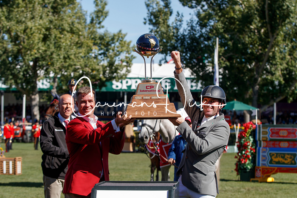 Weishaupt Philipp, GER,  Keith Creel,<br /> President & Chief Executive Officer CP<br /> Spruce Meadows Masters - Calgary 2017<br /> © Hippo Foto - Dirk Caremans<br /> 10/09/2017, Weishaupt Philipp, GER, Keith Creel,<br /> President & Chief Executive Officer CP<br /> Spruce Meadows Masters - Calgary 2017<br /> © Hippo Foto - Dirk Caremans<br /> 10/09/2017