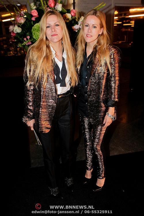 NLD/Amsterdam/20111019 - Uitreiking Prix de la Moda 2011, Riet en Truus Spijkers