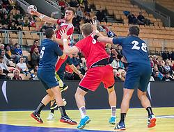 06.01.2019, Olympiaworld, Innsbruck, AUT, Österreich vs Griechenland, Continental Cup, im Bild v.l. Marios-Alexandros Moraitis (GRE), Mykola Bilyk (AUT), Boris Zivkovic (AUT), Anastasios Papadionysiou (GRE) // v.l. Marios-Alexandros Moraitis (GRE), Mykola Bilyk (AUT), Boris Zivkovic (AUT), Anastasios Papadionysiou (GRE) during the handball Continental Cup match between Austria and Griechenland at the Olympiaworld in Innsbruck, Austria on 2019/01/06. EXPA Pictures © 2019, PhotoCredit: EXPA/ Johann Groder