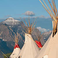 teepee's on the north shore of saint mary's lake, glacier national park, crown of the continent, montana, usa, tepe's red eagle mountain