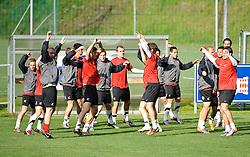 27.05.2010, Stadion, St. Lamprecht, AUT, FIFA Worldcup Vorbereitung, Training Neuseeland, im Bild die Mannschaft, EXPA Pictures © 2010, PhotoCredit: EXPA/ S. Zangrando / SPORTIDA PHOTO AGENCY