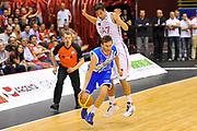 DESCRIZIONE : Campionato 2013/14 Semifinale GARA 2 Olimpia EA7 Emporio Armani Milano - Dinamo Banco di Sardegna Sassari<br /> GIOCATORE : Travis Diener<br /> CATEGORIA : Palleggio Contropiede<br /> SQUADRA : Dinamo Banco di Sardegna Sassari<br /> EVENTO : LegaBasket Serie A Beko Playoff 2013/2014<br /> GARA : Olimpia EA7 Emporio Armani Milano - Dinamo Banco di Sardegna Sassari<br /> DATA : 01/06/2014<br /> SPORT : Pallacanestro <br /> AUTORE : Agenzia Ciamillo-Castoria / Luigi Canu<br /> Galleria : LegaBasket Serie A Beko Playoff 2013/2014<br /> Fotonotizia : DESCRIZIONE : Campionato 2013/14 Semifinale GARA 2 Olimpia EA7 Emporio Armani Milano - Dinamo Banco di Sardegna Sassari<br /> Predefinita :