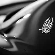 autó,kocsi,luxis,reklám,maserati,feketefehér