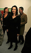 Nigella Lawson, USA Today. Saatchi Gallery and The Royal academy of Arts. Piccadilly. London. 5 October 2006. -DO NOT ARCHIVE-© Copyright Photograph by Dafydd Jones 66 Stockwell Park Rd. London SW9 0DA Tel 020 7733 0108 www.dafjones.com