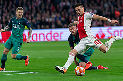 08-05-2019 NED: Semi Final Champions League AFC Ajax - Tottenham Hotspur, Amsterdam<br /> After a dramatic ending, Ajax has not been able to reach the final of the Champions League. In the final second Tottenham Hotspur scored 3-2 / Hakim Ziyech #22 of Ajax, Kieran Trippier #2 of Tottenham Hotspur, Toby Alderweireld #4 of Tottenham Hotspur