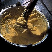 Producao de polenta, cultura italiana, Urussanga, Sul de Santa Catarina, Brasil. foto de Ze Paiva/Vista Imagens