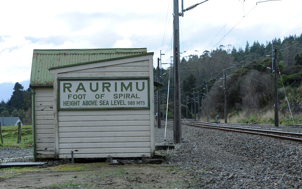 Raurimu Spiral, main trunk railway line, Raurimu, New Zealand, Sunday, April 29, 2012. Credit:SNPA / Ross Setford