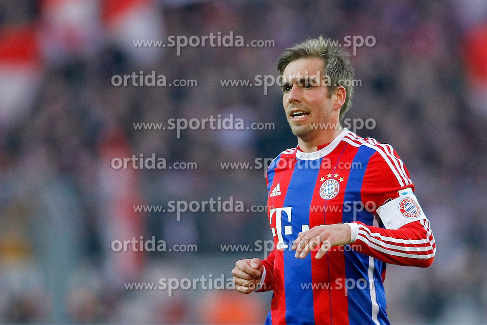 04.04.2015, Signal Iduna Park, Dortmund, GER, 1. FBL, Borussia Dortmund vs FC Bayern Muenchen, 27. Runde, im Bild Kapitaen Philipp Lahm (FC Bayern Muenchen #21) // during the German Bundesliga 27th round match between Borussia Dortmund and FC Bayern Muenchen at the Signal Iduna Park in Dortmund, Germany on 2015/04/04. EXPA Pictures &copy; 2015, PhotoCredit: EXPA/ Eibner-Pressefoto/ Sch&uuml;ler<br /> <br /> *****ATTENTION - OUT of GER*****