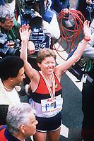 Friidrett<br /> Foto: Colorsport/Digitalsport<br /> NORWAY ONLY<br /> <br /> INGRID KRISTIANSEN (NORWAY) WINS THE LONDON MARATHON 1985