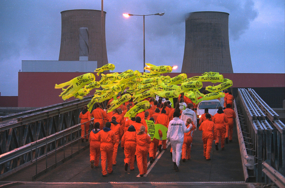 250 Greenpeace activists entered Sellafield nuclear reprocessing plant Accession #: 2.95.105.012.15