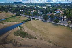 O Calçadão de Ipanema fica às margens do Guaíba e é um dos lugares mais conhecidos da capital gaúcha, indicado para pessoas que procuram uma boa opção de lugar para caminhar ou de barzinhos e restaurantes interessantes para curtir o belo pôr-do-sol à beira do rio. Foto: Jefferson Bernardes/ Agência Preview