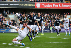 Jack Harrison of Leeds United stretches to keep the ball in play - Mandatory by-line: Arron Gent/JMP - 05/10/2019 - FOOTBALL - The Den - London, England - Millwall v Leeds United - Sky Bet Championship