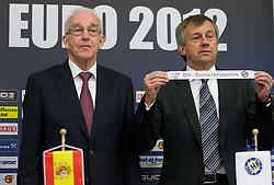 Jan Tuik and Michael Wiederer, EHF Secretary General with team Bosnia and Herzegovina during the draw for the 2013 Men's World Championship in Spain (11 to 27 January 2013) at 10th EHF European Handball Championship Serbia 2012, on January 29, 2012 in Beogradska Arena, Belgrade, Serbia.  (Photo By Vid Ponikvar / Sportida.com)