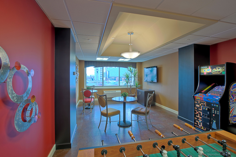 Berkshires at Town Center Apartment Homes, Hampton House Apartments in Towson, Maryland by architectural photographer Jeffrey Sauers of Commercial Photographics