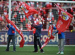 Guard of Honour - Photo mandatory by-line: Dougie Allward/JMP - Mobile: 07966 386802 - 25/01/2015 - SPORT - Football - Bristol - Ashton Gate - Bristol City v West Ham United - FA Cup Fourth Round