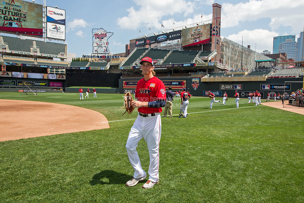 MINNEAPOLIS, MN- JULY 13: Henry Owens #77 of the U.S. Team during the SiriusXM All-Star Futures Game at Target Field on July 13, 2014 in Minneapolis, Minnesota. (Photo by Brace Hemmelgarn) *** Local Caption *** Henry Owens