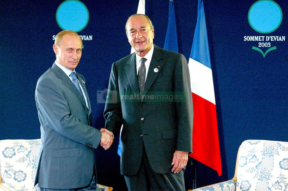 September 21, 2016 - Evian, France - Sommet du ''G8''.VLADIMIR POUTINE & JACQUES CHIRAC  (Credit Image: © Visual via ZUMA Press)