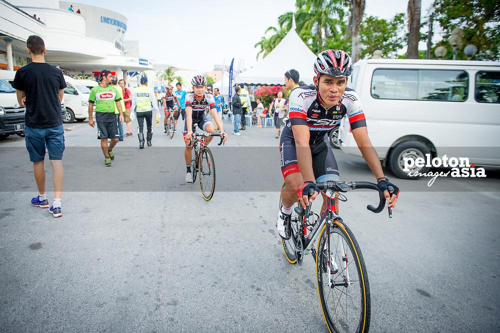 Le Tour de Langkawi 2015/ Stage1/ Langkawi - Pantai Cenang / TSG / Salleh Harrif